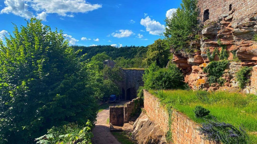 Burg Madenburg Mauer