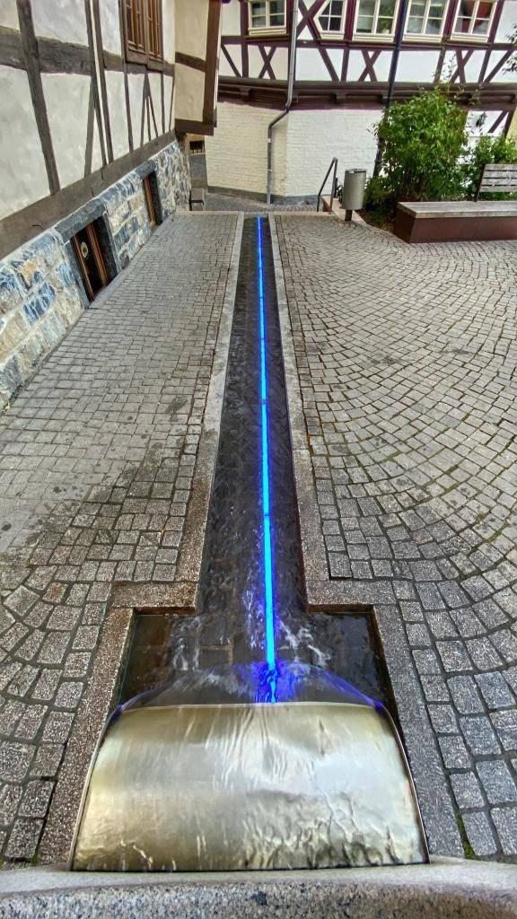 Wasserspiel Schiefes Haus